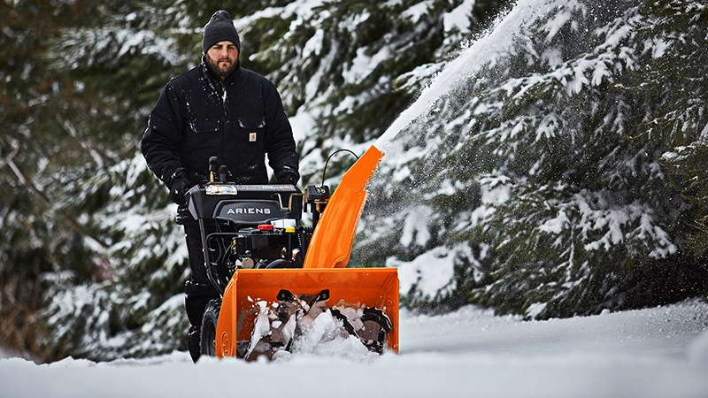 2018 Ariens Deluxe 28 SHO in Greenland, Michigan