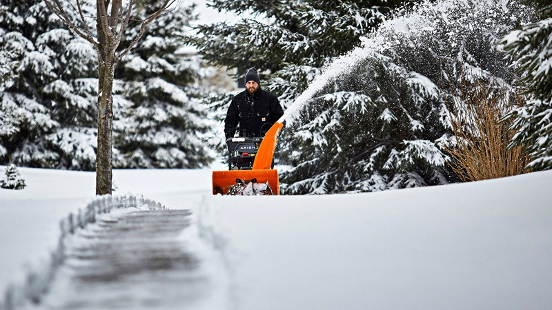 2019 Ariens Platinum 28 SHO RapidTrak in Greenland, Michigan - Photo 2