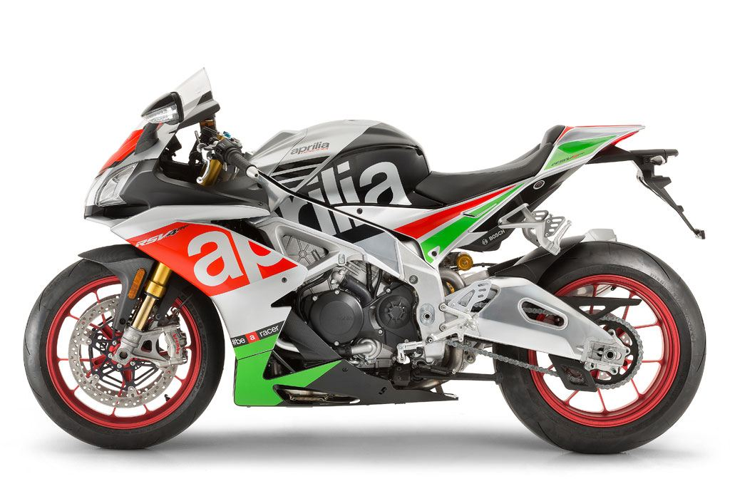 2017 Aprilia RSV4 RF in Saint Charles, Illinois