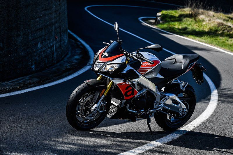2018 Aprilia Tuono V4 1100 RR ABS in White Plains, New York - Photo 3