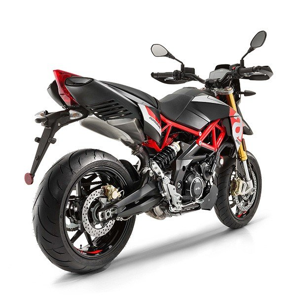 2018 Aprilia Dorsoduro 900 in Goshen, New York - Photo 4