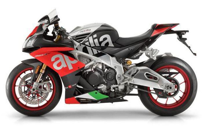 2018 Aprilia RSV4 RF in White Plains, New York - Photo 4