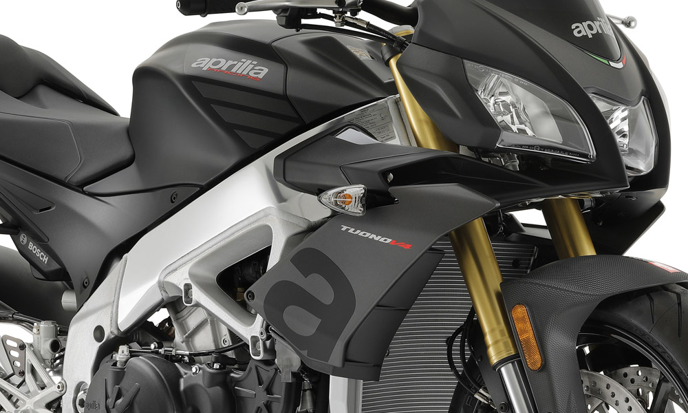 2020 Aprilia Tuono V4 1100 RR ABS in Woodstock, Illinois - Photo 3