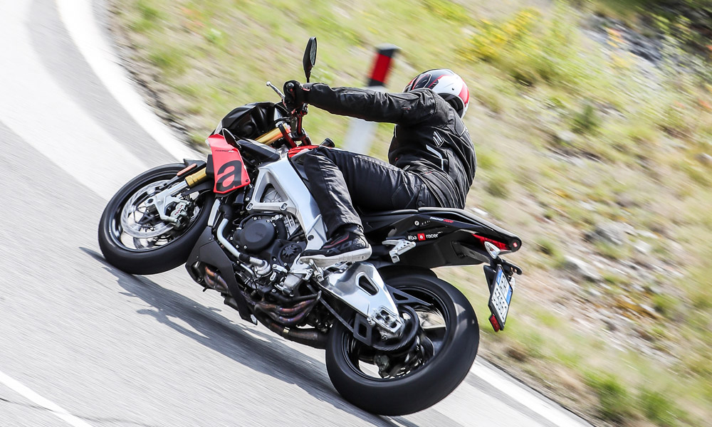 2020 Aprilia Tuono V4 1100 RR ABS in Woodstock, Illinois - Photo 8