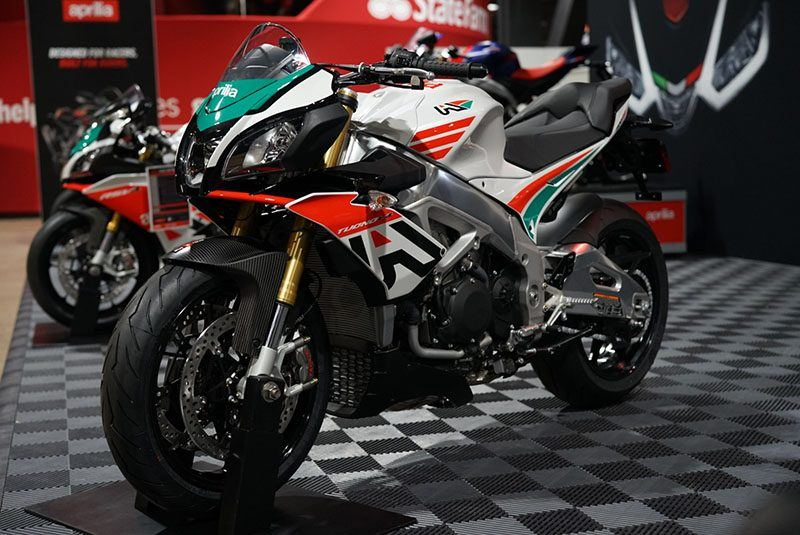 2020 Aprilia Tuono V4 1100 RR misano in Woodstock, Illinois - Photo 8