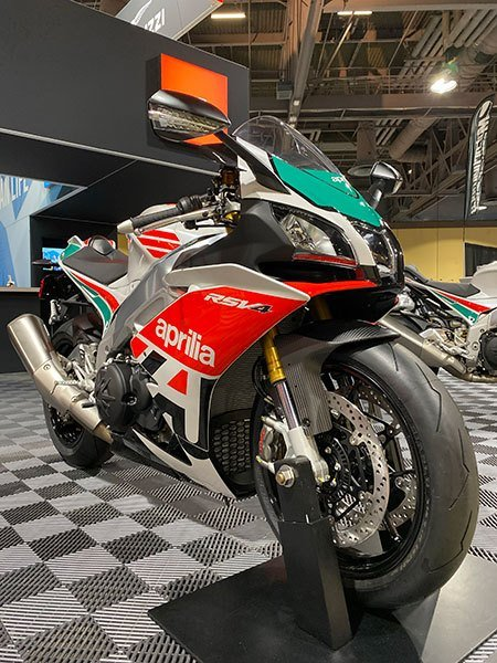 2020 Aprilia RSV4 RR Misano Limited Edition in White Plains, New York - Photo 4
