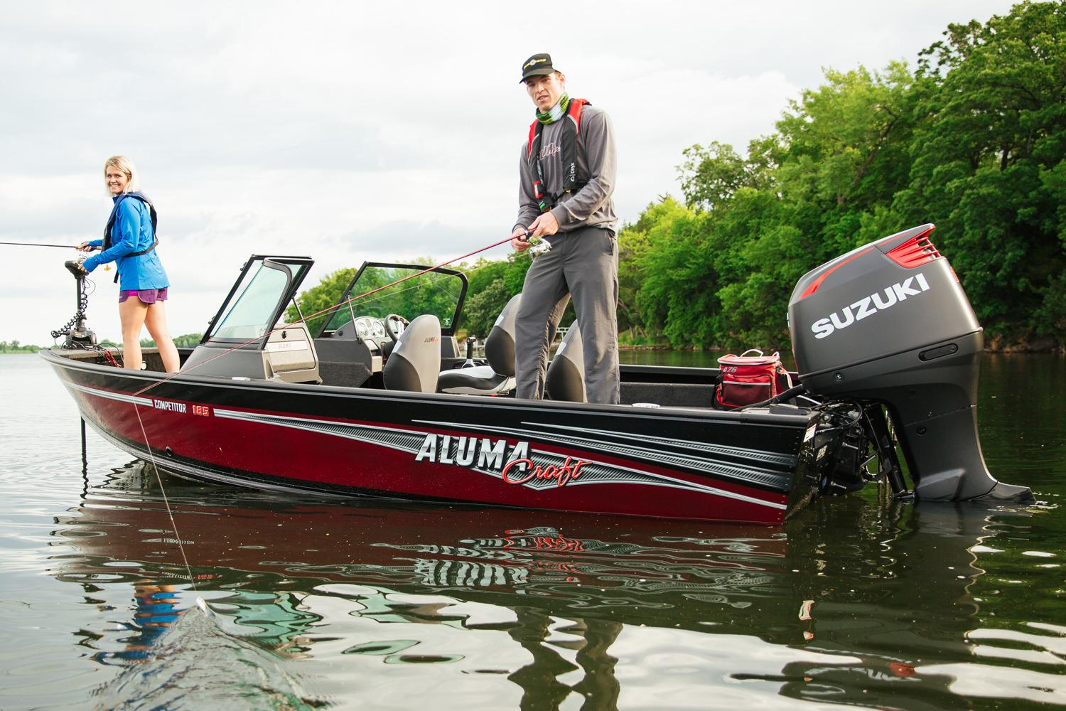 2017 Alumacraft Competitor 185 Sport in Black River Falls, Wisconsin