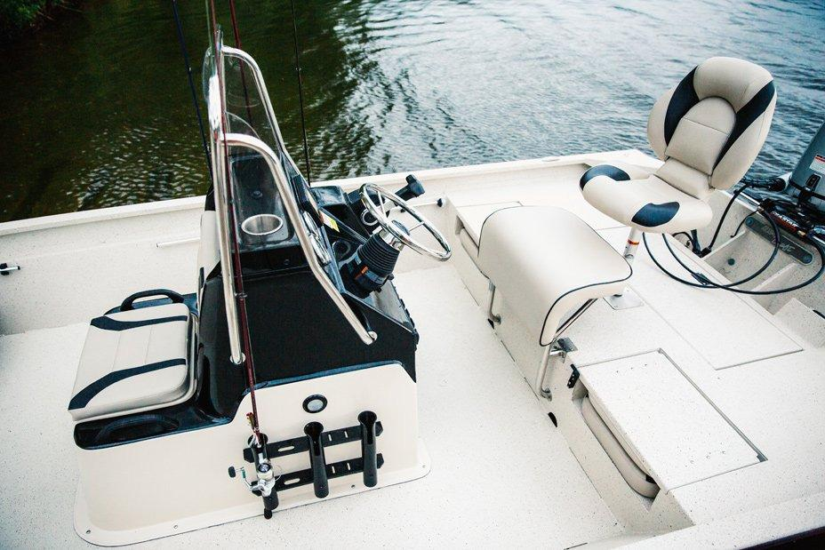 2017 Alumacraft MV 1860 AW Bay in Newberry, South Carolina