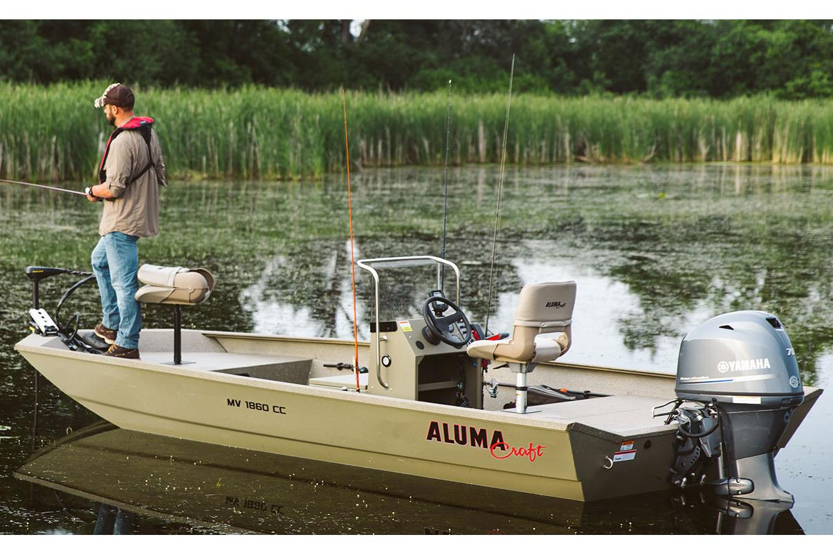 2017 Alumacraft MV 1860 AW CC in Madera, California