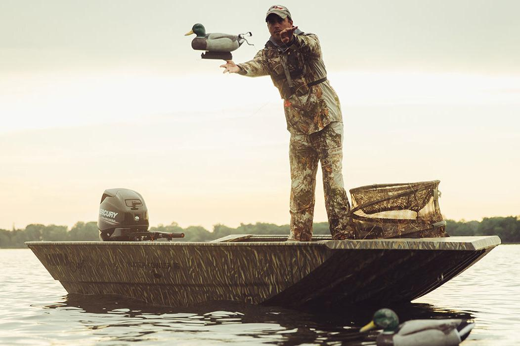2017 Alumacraft Waterfowler 15 Camo in Albert Lea, Minnesota