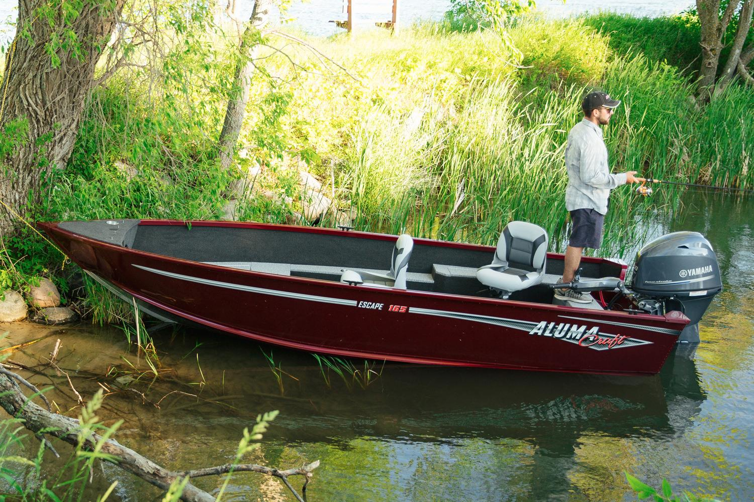 2018 Alumacraft Escape 165 Tiller in Black River Falls, Wisconsin