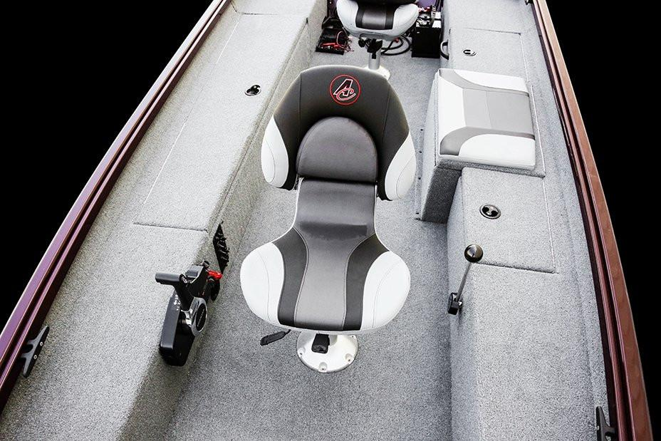 2020 Alumacraft Crappie Deluxe in Madera, California - Photo 2