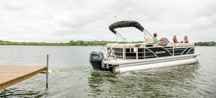 2013 Aqua Patio 240 Aft Deck in Kalamazoo, Michigan