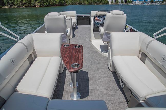 2017 Aqua Patio 255 UL in Coloma, Michigan