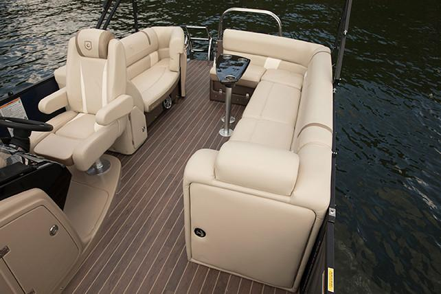 2018 AquaPatio 235 UL in Coloma, Michigan - Photo 4