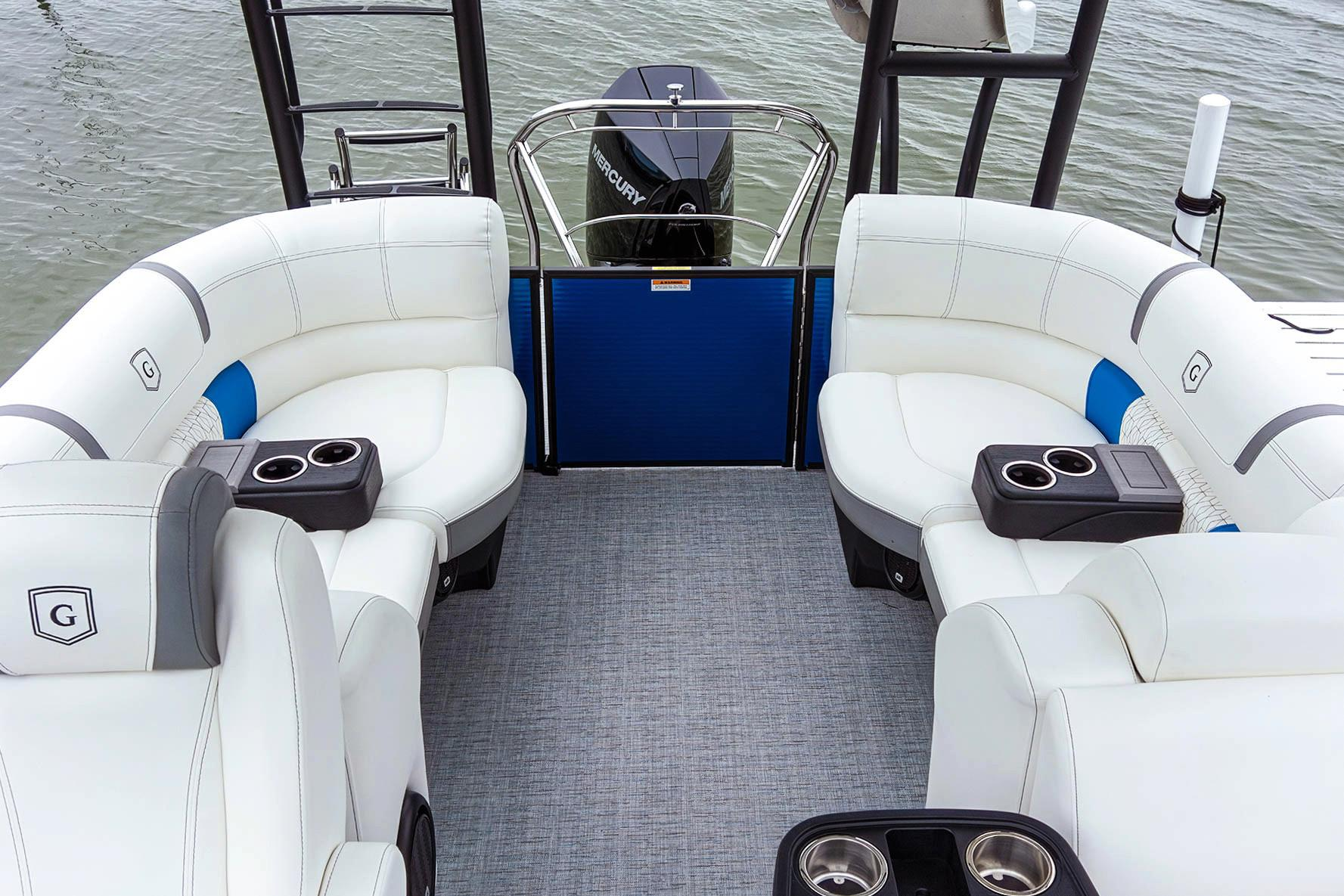2019 AquaPatio 255 SB in Coloma, Michigan - Photo 7