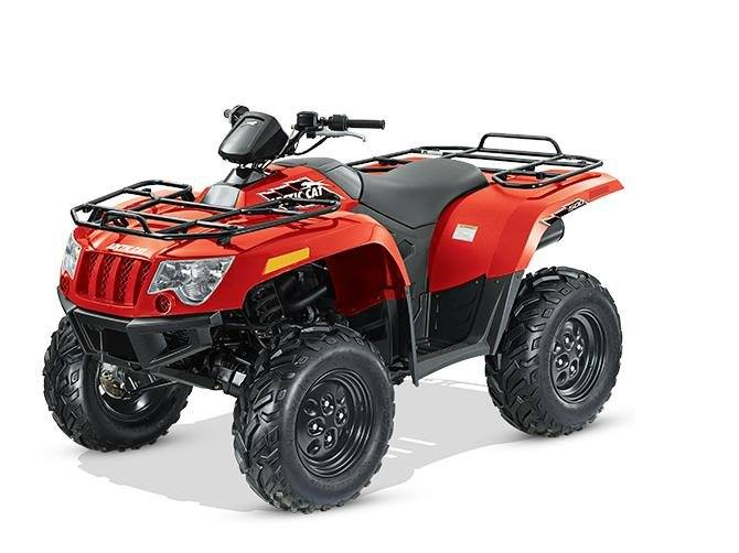 2015 Arctic Cat 500 in Hillsborough, New Hampshire