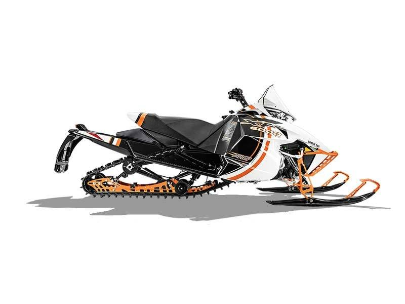 "2015 Arctic Cat XF 6000 137"" Sno Pro Limited ES in Howell, Michigan"