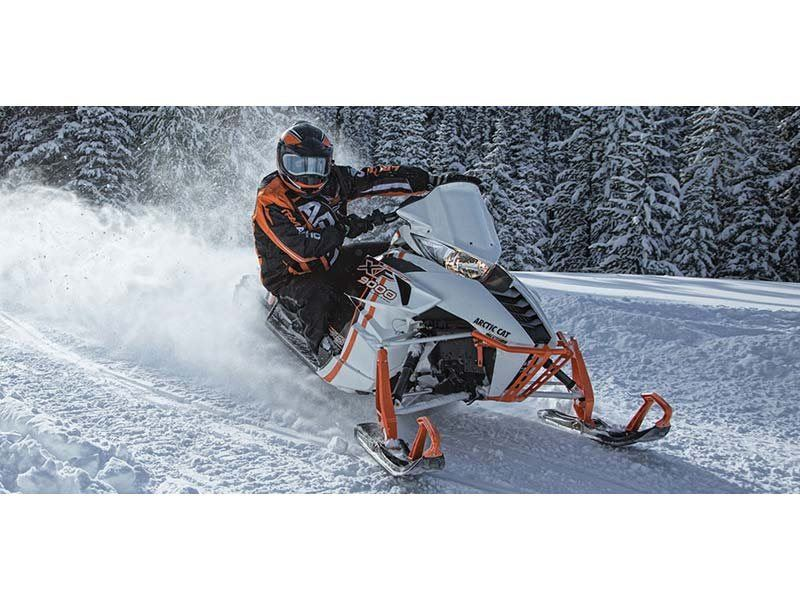 "2015 Arctic Cat XF 9000 137"" Sno Pro Limited ES in Hillsborough, New Hampshire"