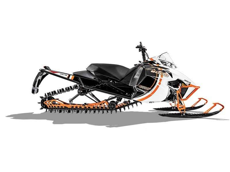 "2015 Arctic Cat M 8000 153"" Sno Pro Limited ES in Lebanon, Maine - Photo 4"