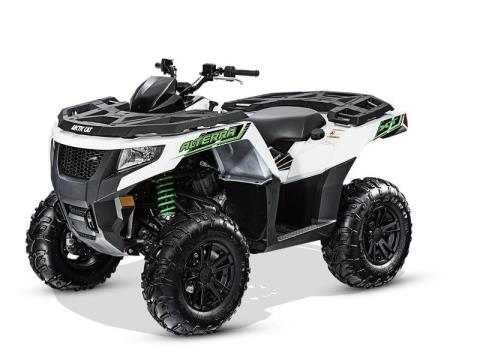 2016 Arctic Cat Alterra 500 XT in Marietta, Ohio
