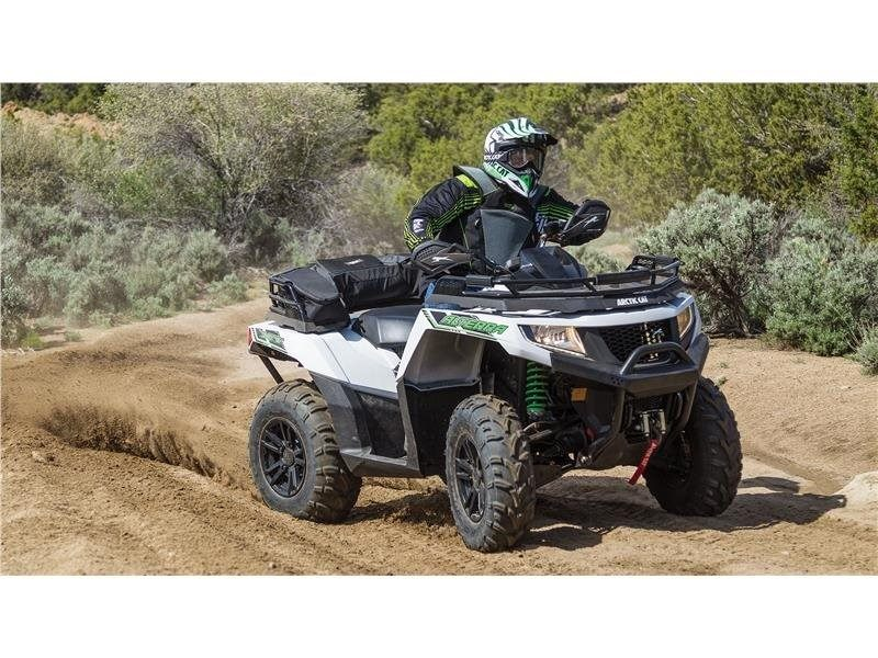 2016 Arctic Cat Alterra 700 XT in Roscoe, Illinois