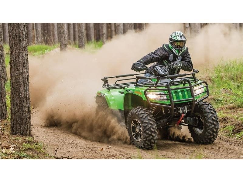 2016 Arctic Cat 1000 XT in Lebanon, Maine