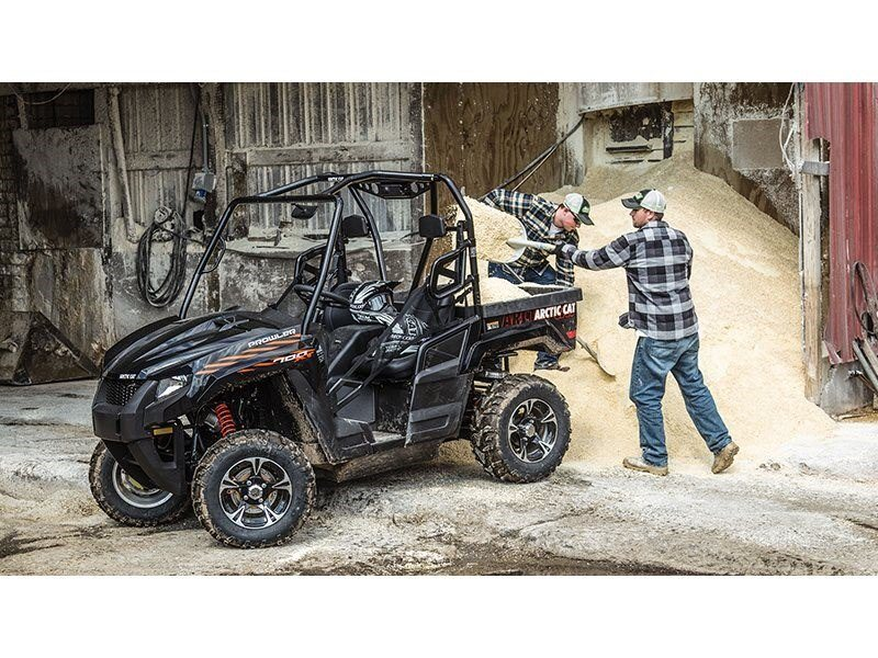 2016 Arctic Cat Prowler 700 XT in Roscoe, Illinois - Photo 2