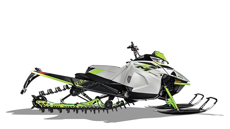 2018 Arctic Cat M 8000 Sno Pro 162 Early Release in Barrington, New Hampshire