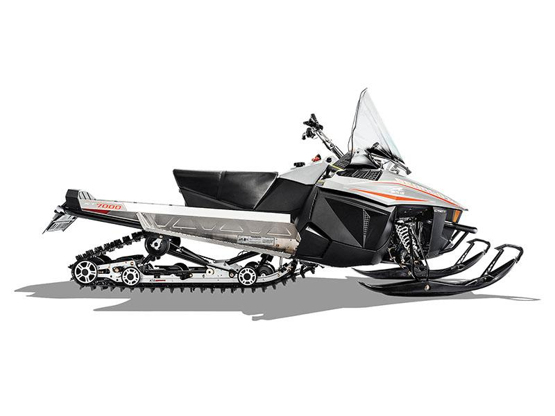 2019 Arctic Cat Bearcat 7000 XT in Hillman, Michigan