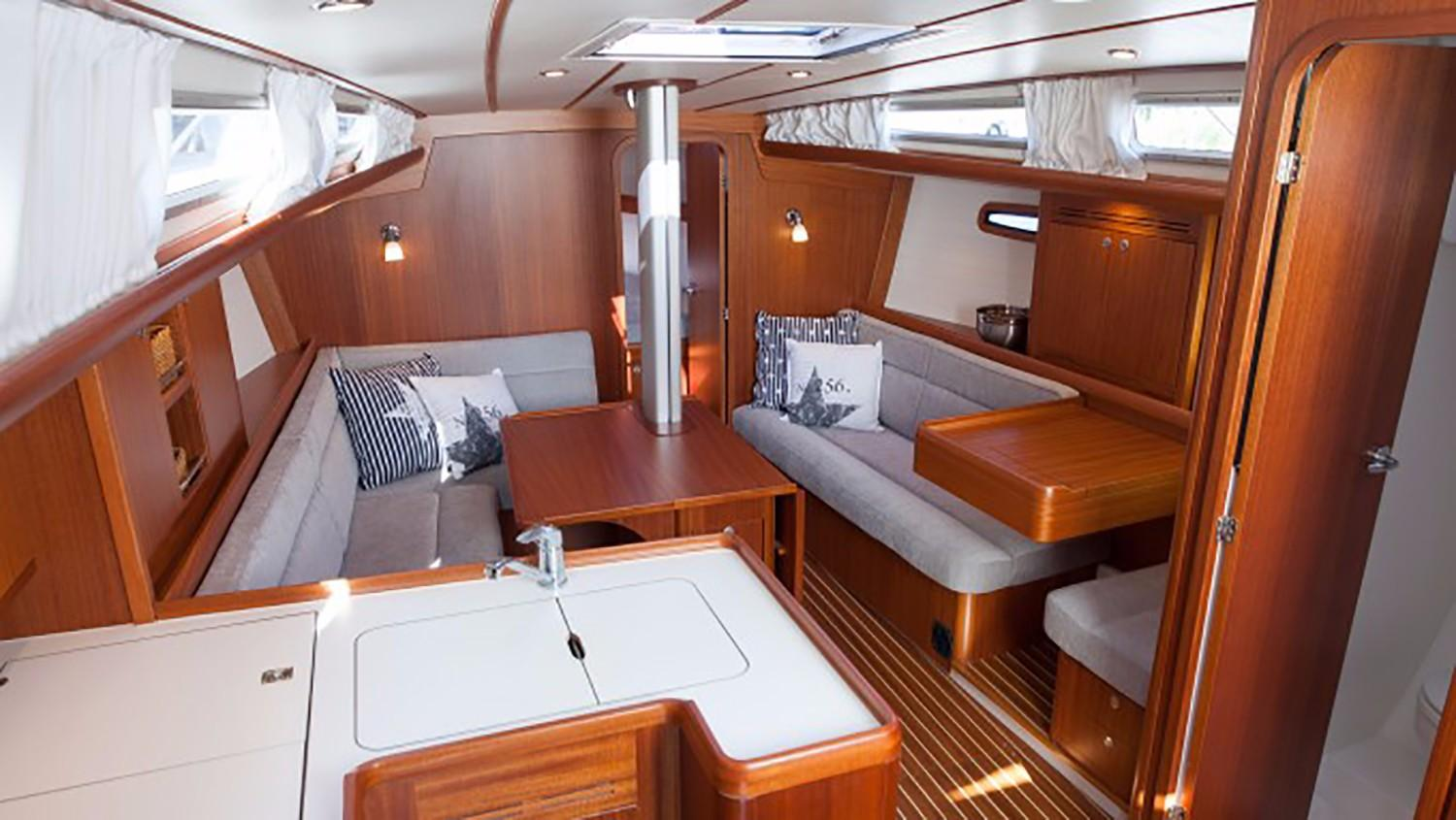 Arcona 380 Saloon - Photo 9