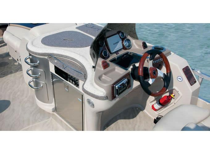 2012 Avalon Excalibur - 25' in Memphis, Tennessee