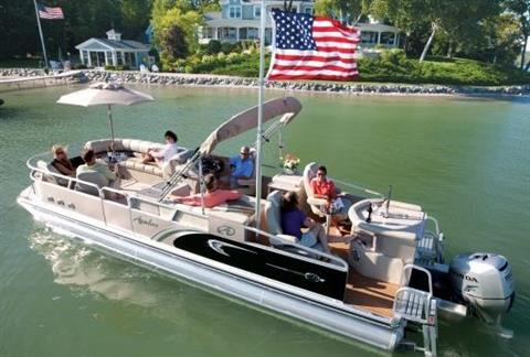 2013 Avalon Deco Sandbar - 27' in Black River Falls, Wisconsin