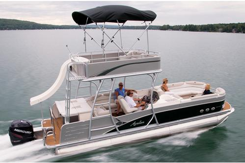 2016 Avalon Paradise Funship - 27' in Waxhaw, North Carolina
