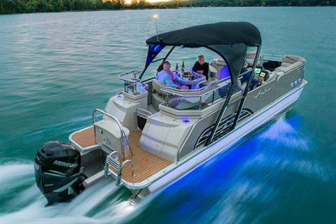 2017 Avalon Ambassador Entertainer - 27' in Lancaster, New Hampshire