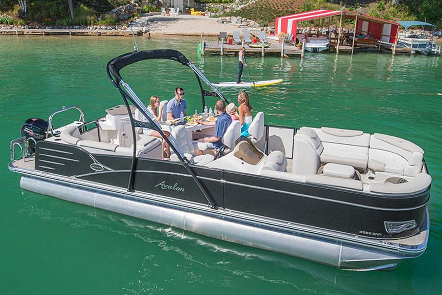 2018 Avalon Catalina Entertainer - 25' in Black River Falls, Wisconsin