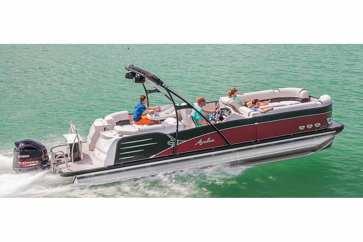 2018 Avalon Catalina Platinum Entertainer - 25' in Black River Falls, Wisconsin