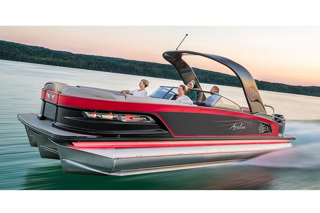 2018 Avalon Excalibur Elite Windshield - 27' in Norfolk, Virginia - Photo 1
