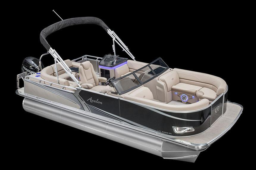 2018 Avalon LSZ Elite Windshield - 22' in Black River Falls, Wisconsin - Photo 2