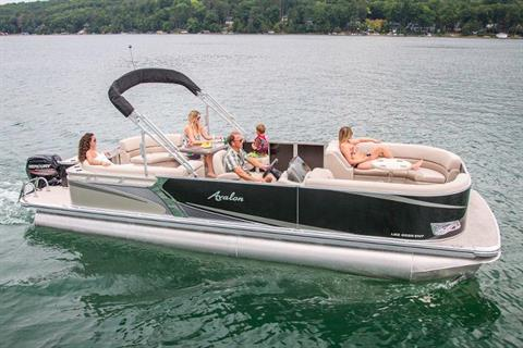 2018 Avalon LSZ Entertainer - 24' in Lancaster, New Hampshire