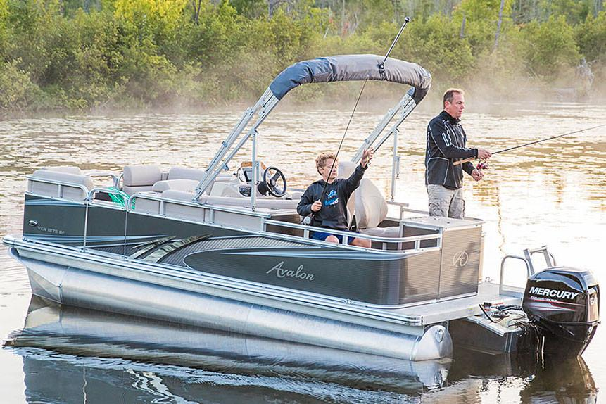 2018 Avalon Venture Rear Fish - 16' in Black River Falls, Wisconsin