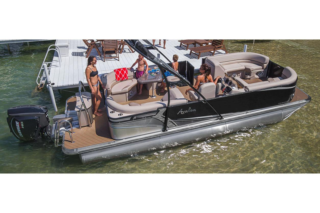 2019 Avalon LSZ Entertainer - 22' in Lancaster, New Hampshire - Photo 2