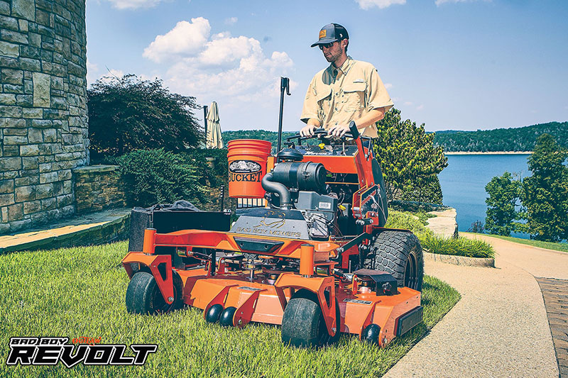 2020 Bad Boy Mowers Revolt 61 in. Vanguard EFI 810 cc in Sioux Falls, South Dakota - Photo 2