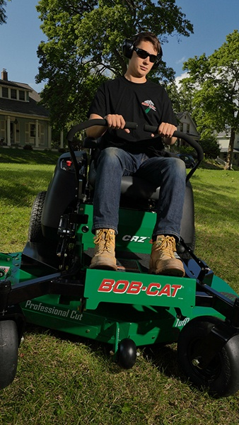 2020 Bob-Cat Mowers CRZ 61 in. Kawasaki 726 cc in Mansfield, Pennsylvania - Photo 4