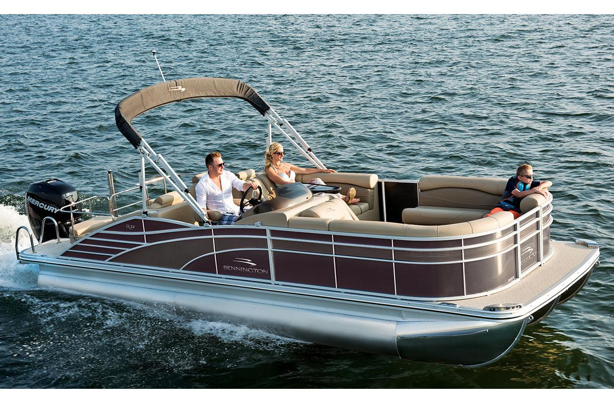 2016 Bennington 2375 RCW in Round Lake, Illinois