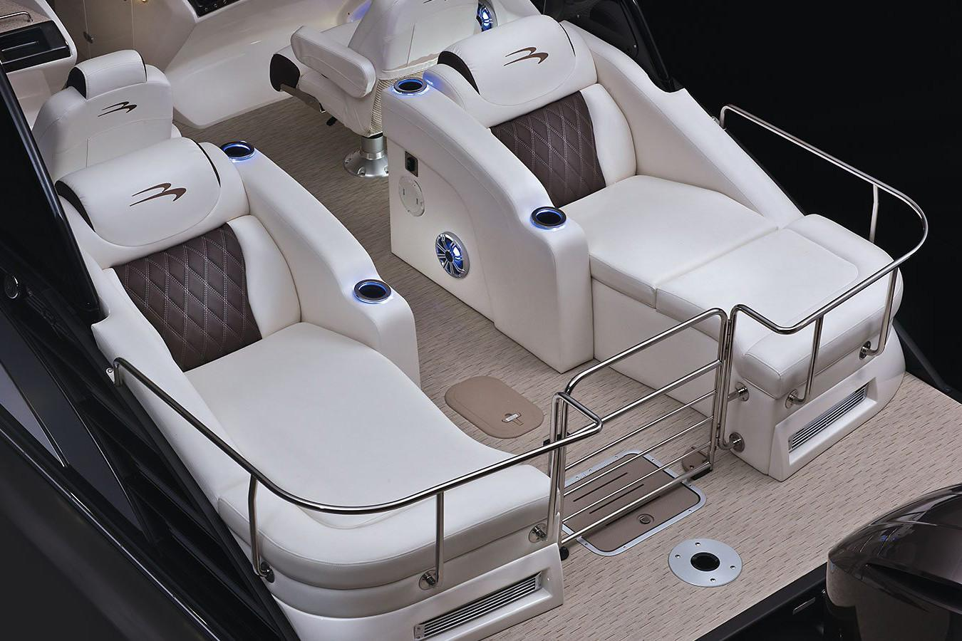 2019 Bennington QX 25 Stern Lounge in Spearfish, South Dakota