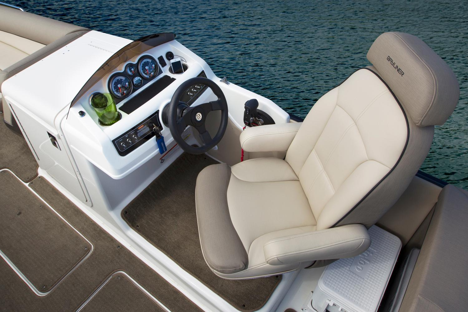 2015 Bayliner Element XR7 in Fort Smith, Arkansas