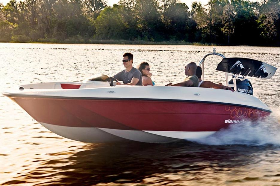2016 Bayliner Element XL in Amory, Mississippi