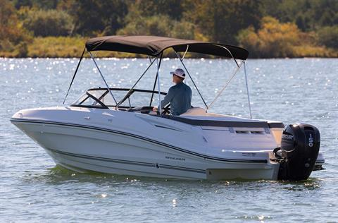 2017 Bayliner VR5 Bowrider OB in Fort Smith, Arkansas