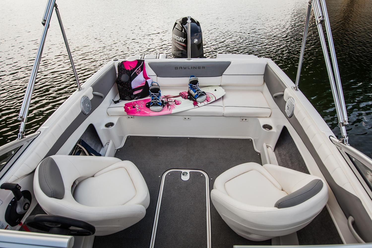 2018 Bayliner 180 Bowrider in Amory, Mississippi - Photo 8